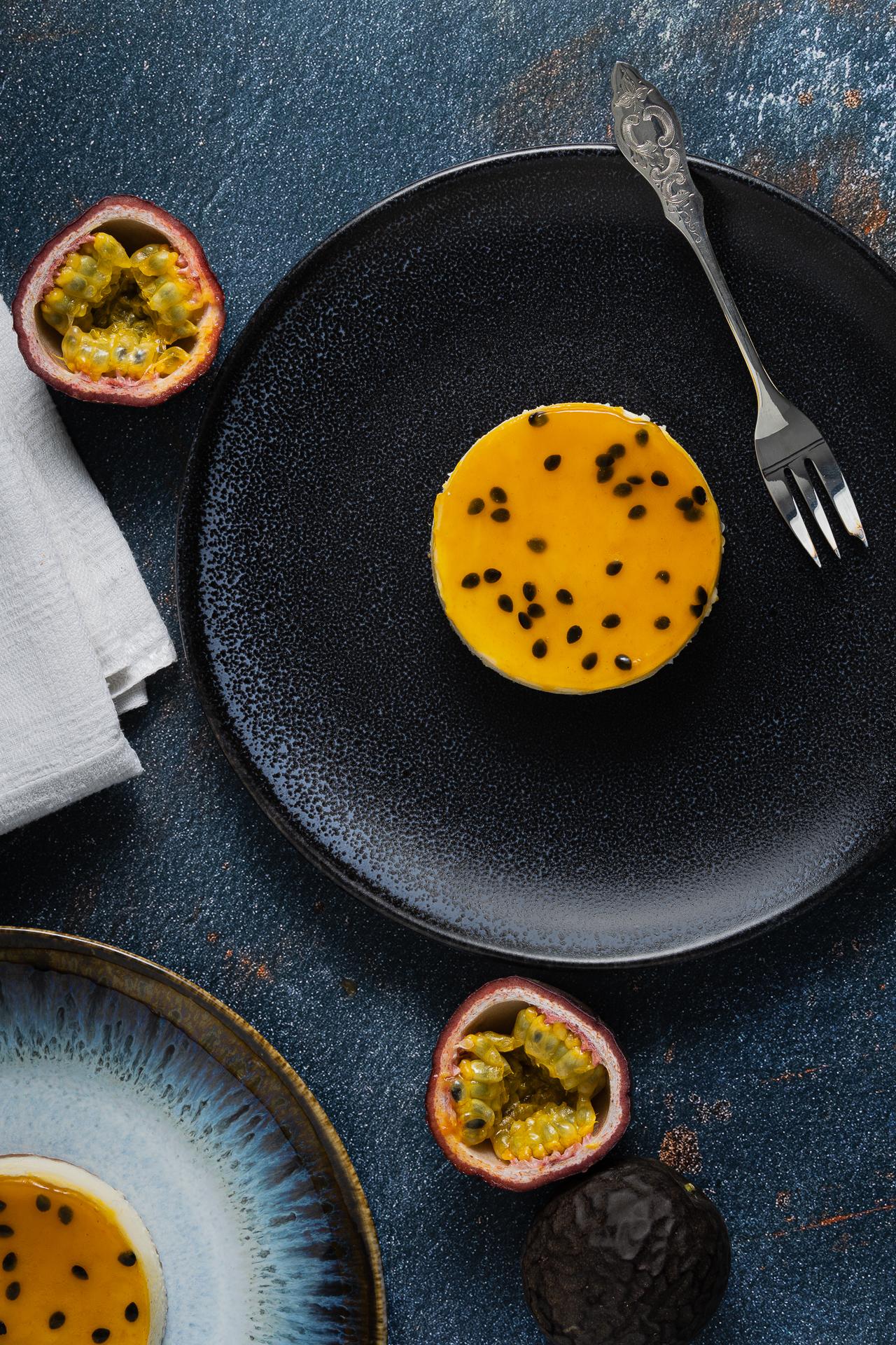 ny-cheeseckae-passionfruit-flatlay-1920